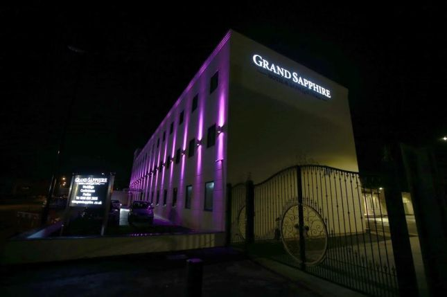 grand-sapphire-hotel-and-banqueting-1